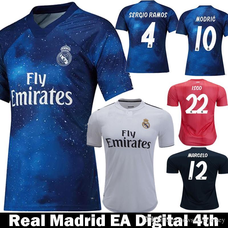9a3e166356ea3 Acquista 2019 Real Madrid EA Sports MODRIC ASENSIO ISCO MARCELO Maglie Da  Calcio 18 19 Real Madrid Kids Fourth KROOS Maglie Di Calcio A  13.2 Dal ...