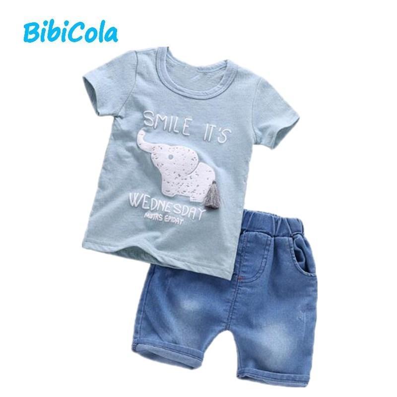 546599ed49023d Compre Buena Ropa Para Bebés De Marca Para Niños Ropa De Verano Para Niños  Conjuntos De Camiseta + Pantalón Traje Moda De Dibujos Animados Nueva  Llegada ...