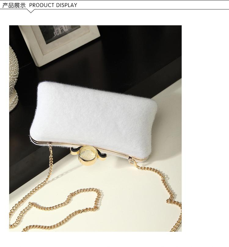 2019 new Lady Clutch Bag With Chain Shoulder Party Prom Wedding Envelope Handbag hair plush hand grip Small Evening Clutch Bags