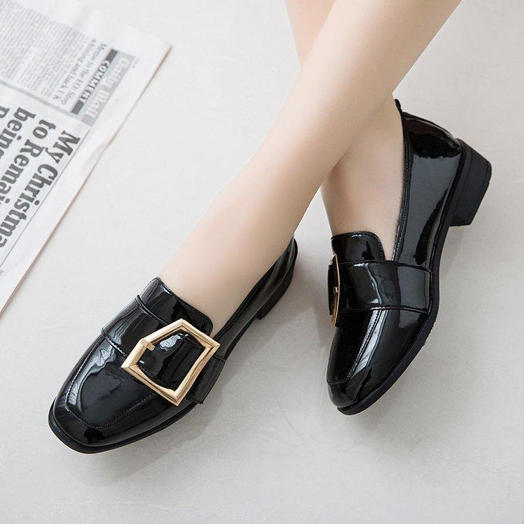 75f7da3120 2019 Medium Heels Classic Shoes Women Pumps Patent Leather Square Heel Shoes  Black Thick Heels Spring Autumn Women Shoes Mens Dress Boots Men Sandals  From ...