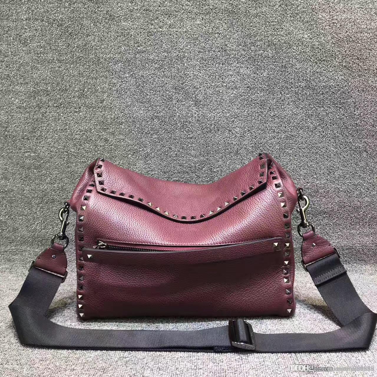 55b08ce4f074 женщина мода сумка из натуральной кожи кошелек заклепки плеча тотализатор  рок шпильки Леди дорожная сумка лоскутное ремень messenger женские сумки