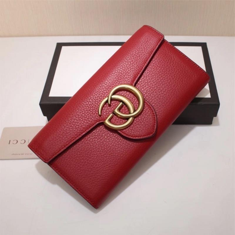 2019 Top Quality Celebrity design Letter Metal Buckle Two fold wallet Cards Pack Real Cowhide Leather Man Woman 400586 Long Purse Clutch