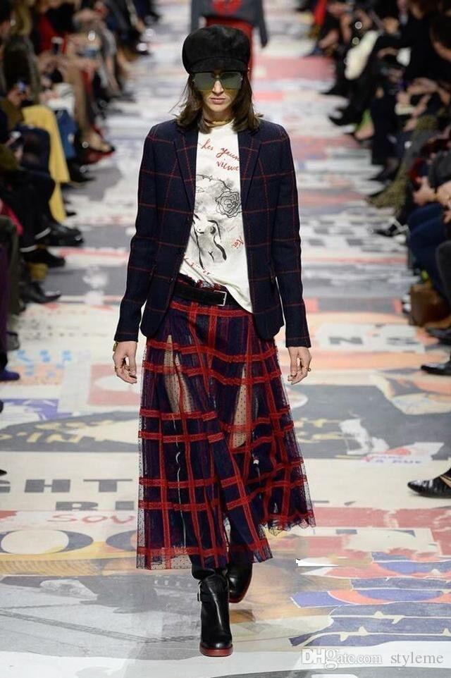 ac4e3a17a Diseñador de la marca de lujo de encaje bordado faldas 2019 estilo pasarela  moda primavera verano mujeres de cintura alta a cuadros faldas largas ...
