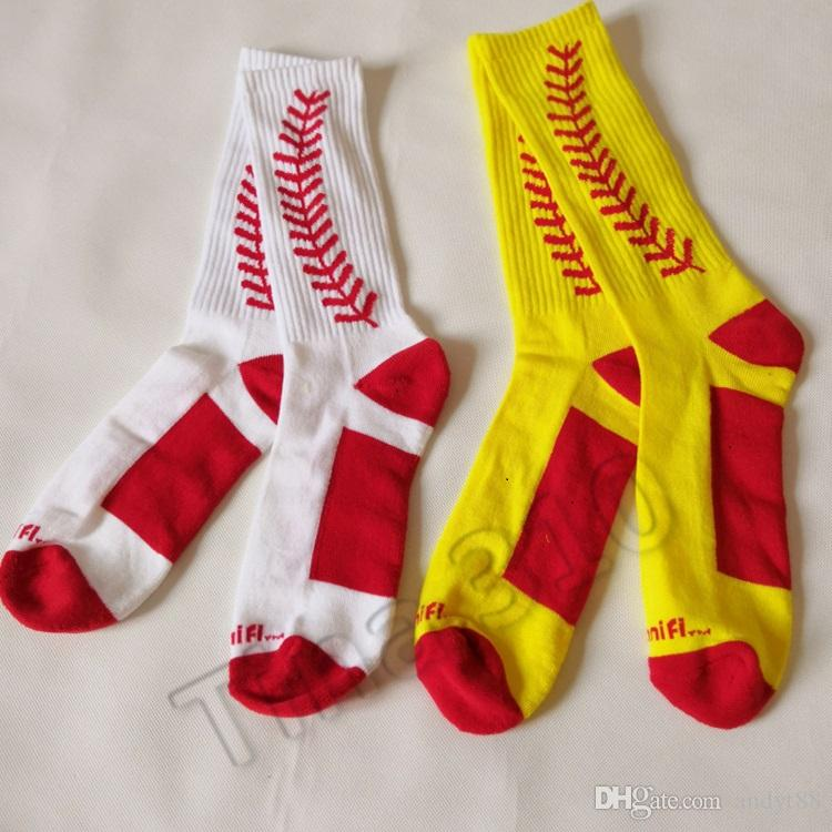 new Summer adult Polyester fibre breathable socks mid-tube baseball stockings mens socks leisure sport socks Party Favor T2B5012