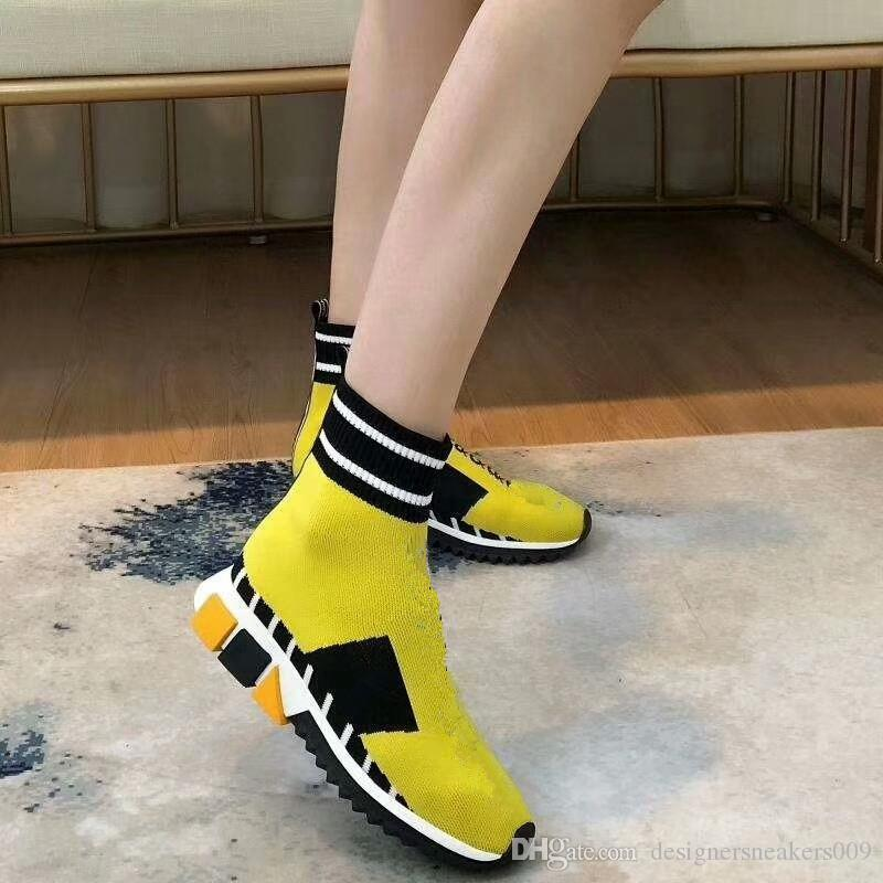2019 Designer Socks shoes fashion men women sneakers speed trainer black white blue pink glitter mens trainers casual shoe ly181028
