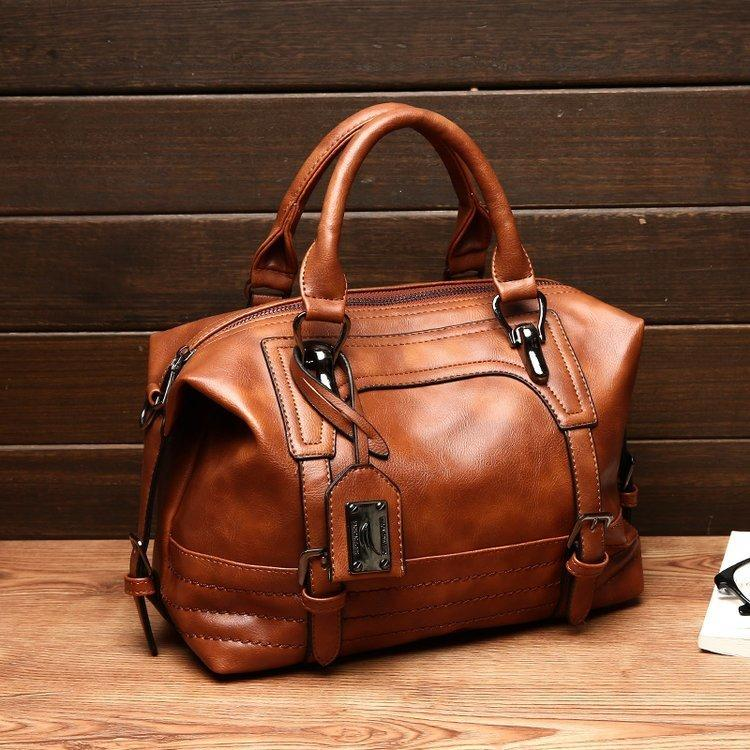 Luxury Vintage Handbags For Women Leather Shoulder Bag Female Famous Brand  Simple Casual Tote Bag Sac Femme Handbag 2019 Over The Shoulder Bags Hobo  ... b5afc2e52f6f7