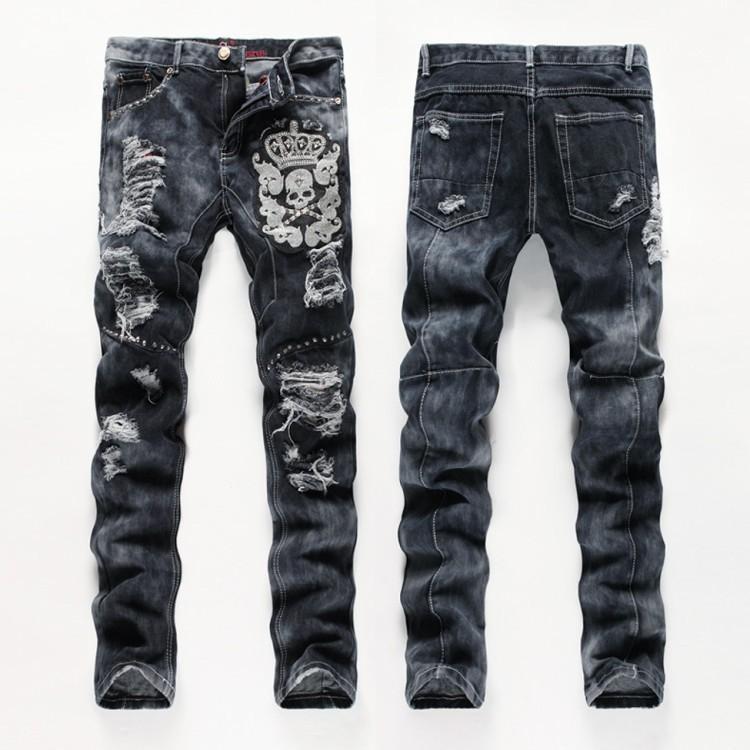 76d388eab Estilo Americano europeo hombres moda jeans de algodón de calidad de lujo  cráneos delgados marca Hombres rectos agujero jean pantalones de mezclilla  ...