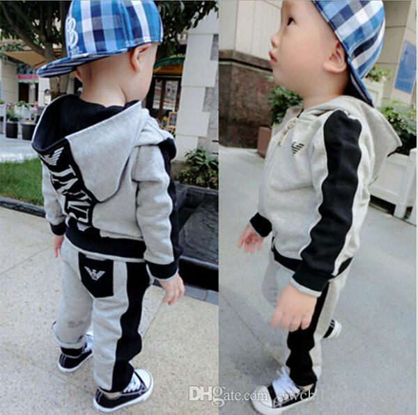 HOT SELL fashion classic Style Children's Clothing For Boys And Girls classic Sports Suit Baby Infant Short Sleeve Clothes Kids Set 0-7 Age