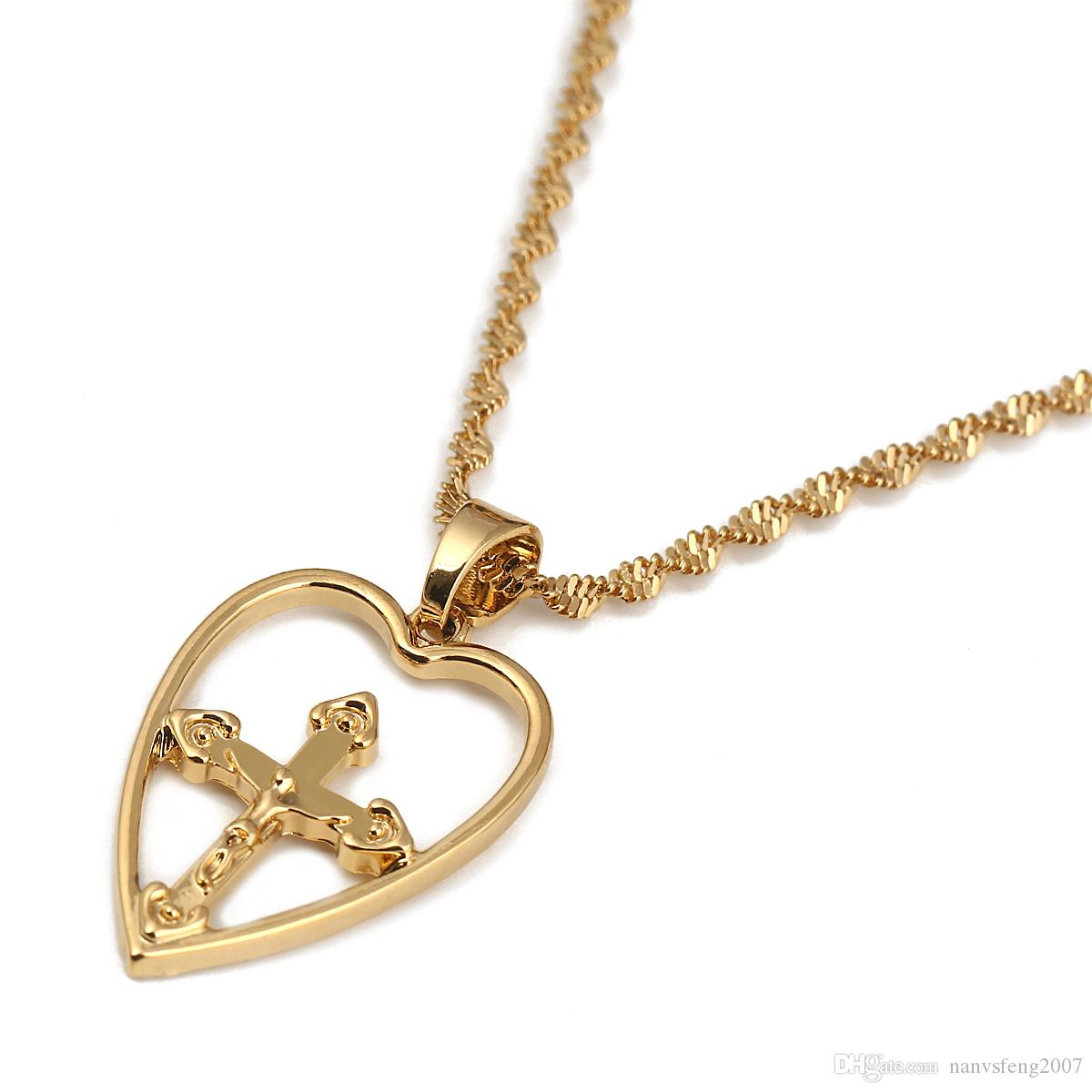 Religious Love Heart Jesus Pendant Necklace for Women Gold Christian Jewelry Accessories Gift
