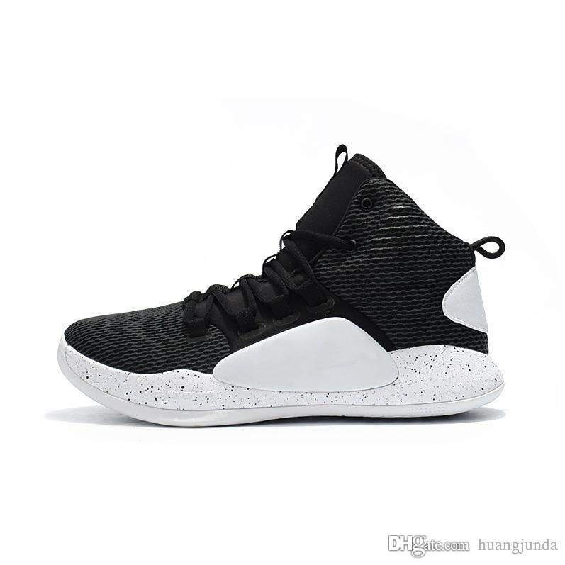 c6363fb8eaf4 2019 Cheap 2018 Mens New Hyperdunk X 10 Basketball Shoes Black White Zoom  Air Cushion Sneakers Trainer Boots With Original Box For Sale From  Huangjunda