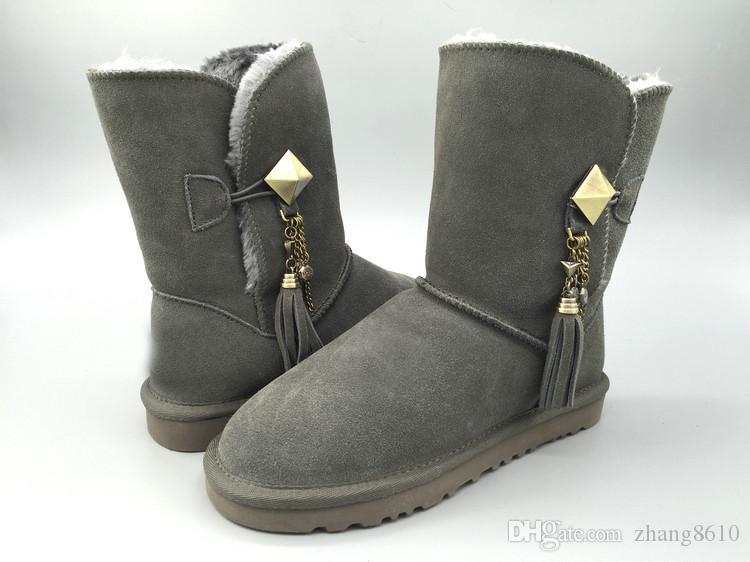 a4e219014b2a39 Großhandel HOT 2019 Neue Marke Klassische Echtes Leder Schnee Stiefel 100%  Wolle Frauen Stiefel Warme Winter Schuhe Australien Mädchen Frauen Metall  ...