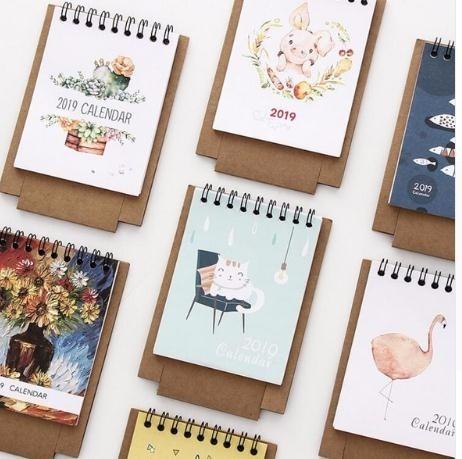 Gentle 2019 New Year Calendar 2019 Fashion Simple Lovely Mini Table Calendars Vintage Kraft Paper Desk Calendar Office School Supply Calendar