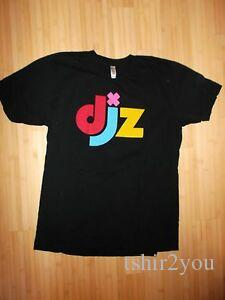 DJZ Disc Jo2019ey EDM Electronic Dance Music Website Day Glo Logo USA T Shirt Lrg