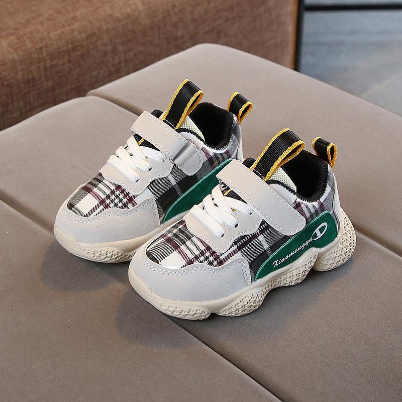 a5d479f87 Compre Resbalón Fresco De Alta Calidad Om Moda Niños Zapatos De Bebé  Elegante Ocio Moda Bebé Zapatillas Suave Alta Calidad Bebé Primeros  Caminantes A  24.6 ...