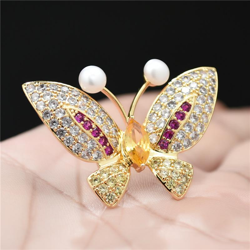 33d8032d76502 New Arrivals Pearl Butterfly Brooch Pins For Suits Dress Banquet Sweater  Accessories Wedding Party Brooches Jewelry Unisex