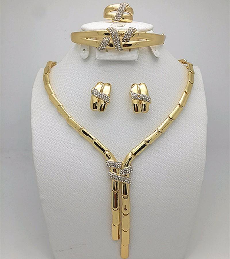 c7c1273a57d9 Compre 2016 Moda Dubai Color Nigeriano Boda Perlas Africanas Pendientes  Collar Rose Whtie Oro Conjunto De Joyas C19041501 A  14.56 Del Shen84