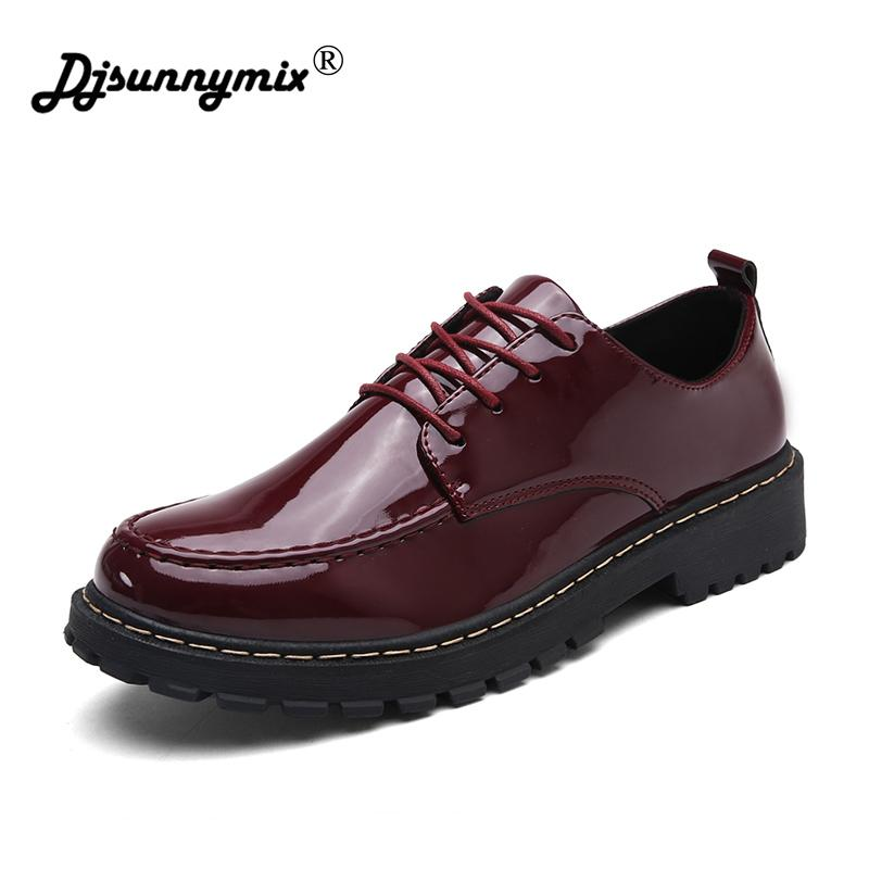 73f3617f2b04 DJSUNNYMIX Brand Spring Autumn Men S Platform Shoes Man Brogue Patent  Leather Lace Up Thick Bottom Shoes Men Brogue Shoes Homme Designer Shoes  High Heel ...