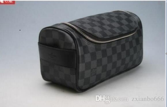 32e5793c536 2019 Louis Vuitton men travelling toilet bag fashion design women wash bag  large capacity cosmetic bags makeup toiletry bag Pouch A154
