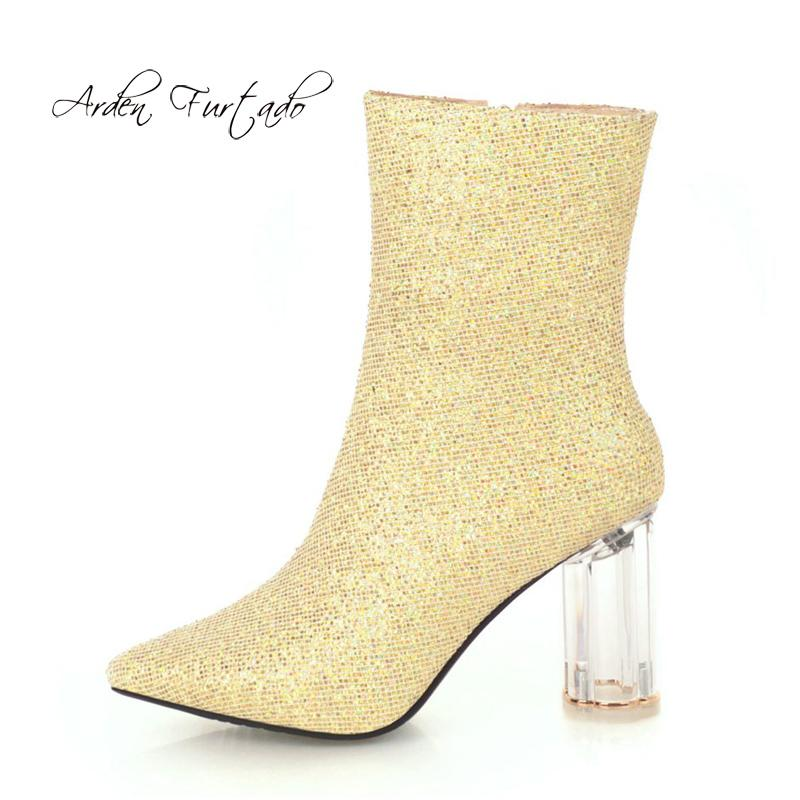 826e16b8116 Compre Zapatos De Moda Para Mujer En Invierno 2019 Punta Estrecha Tacones  Gruesos Elegantes Botas Doradas Para Mujer Botas Cortas Tamaño Pequeño 32  Tamaño ...