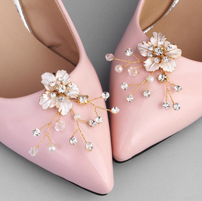 f8884347c 2019 Fashion Shoe Clips Rhinestone Wedding Bridal Sandal Boots Buckle  Diamante Shoe Clip Pair Decorations JCL002 From Fishtaotao