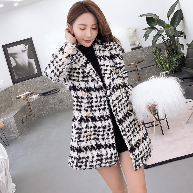 fc5a8faad3 CWBshowGG Plaid Woolen Coat Female 2018 Autumn Runway Tweed Double Breasted  Black And White Plaid Jacket Small Fragrance Jacket Lightweight Jackets  Designer ...