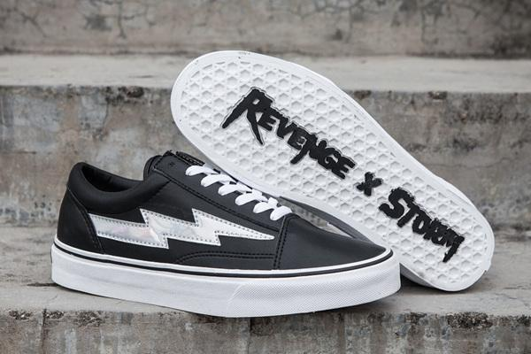 Commercio all'ingrosso 2018 NEW Revenge x Storm Sneakers Pop up Store Top Quality Old SKool Off Fashion Griglia Mens Skateboard Vulcanized Ins A08