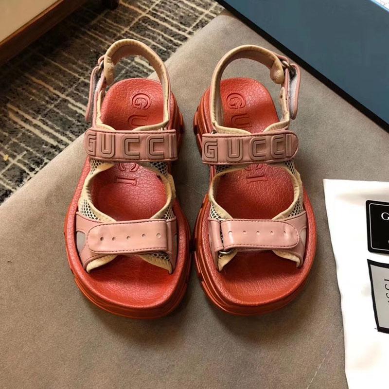 9ae4c1ac Compre Diseñador De Moda De Lujo Zapatos De Mujer Sandalias Deportivas  Sandalias De Ocio De La Marca De Diseño Sandalias De Playa De Cuero De Alta  Calidad ...