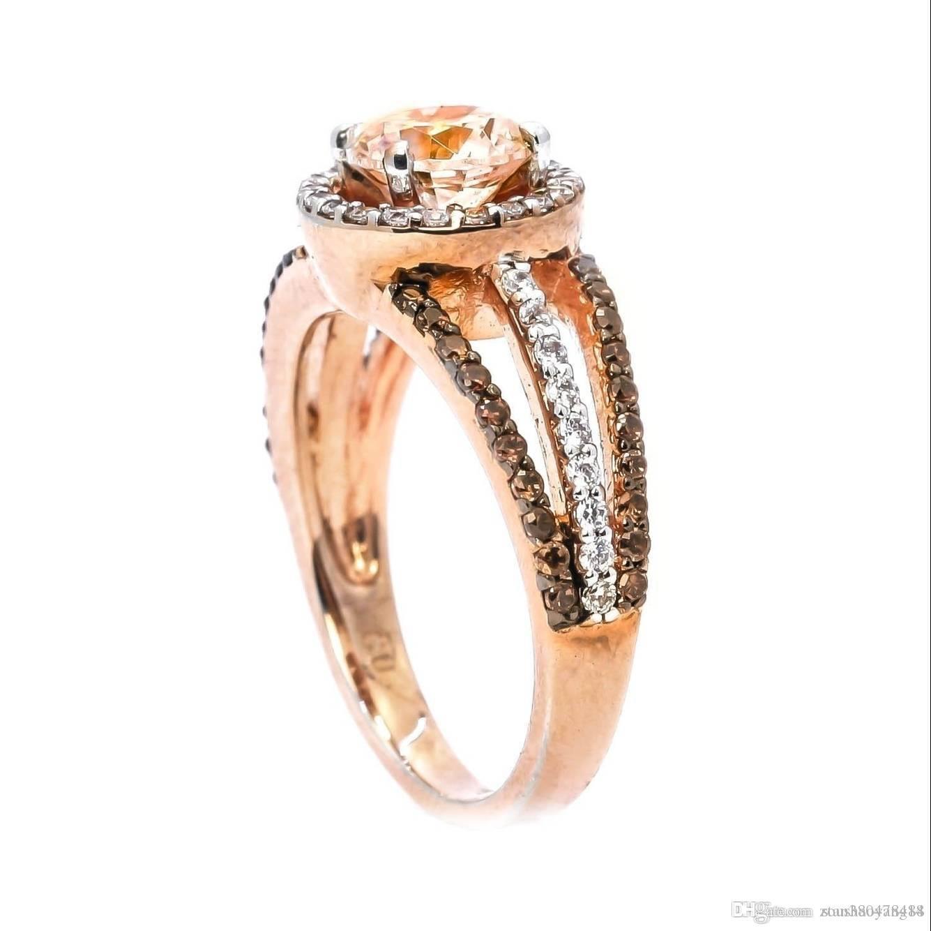 7bf62e8c3cca Compre Hermoso Anillo De Diamantes Micro Incrustados Anillo De Temperamento  Chapado En Oro Rosa Blanco Y Negro Anillo De Fiesta De Diamantes Redondos  Joyas ...