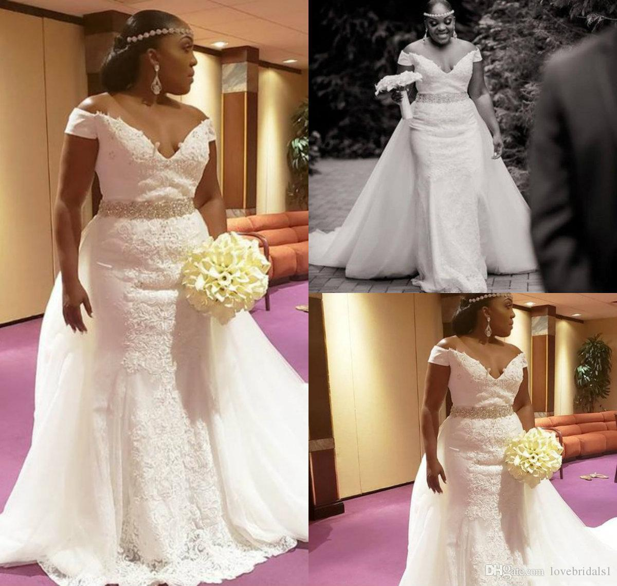 Plus Size Off The Shoulder Wedding Dresses With Lace Appliqued Sweep