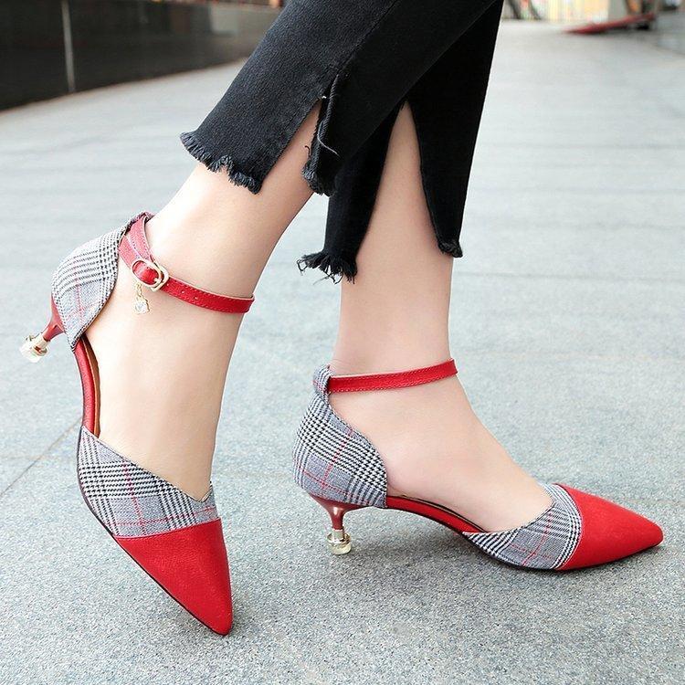 Acquista Designer Dress Shoes 5 CM Taglia 34 39 Punta A Punta Delle Donne  Banchetto Pompe Della Signora Festa Di Nozze Panno Della Ragazza Casual  Dancing ... 56d5ef13222