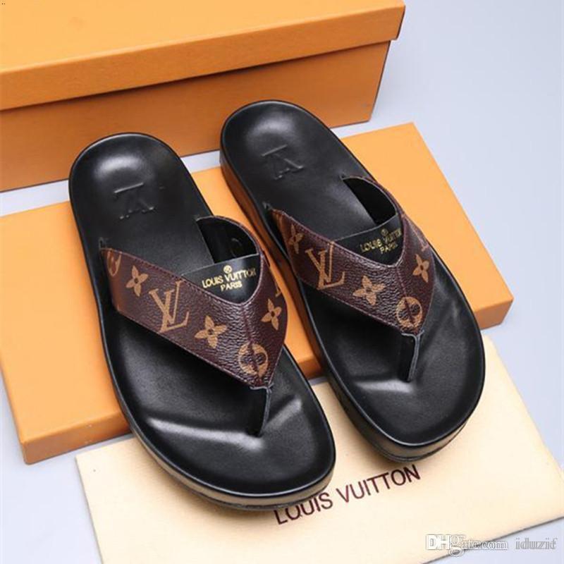 Best Mens Slippers 2020.2020 New Mens Luxury Flat Slippers Summer Beach Slides Ace Bee Tiger Canvas Leather Sandals Men Designer Wide Flat Slipper