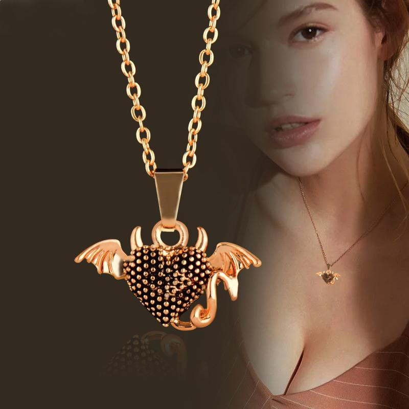 Collana con ciondolo a cuore di diavolo per donna in oro antico color argento con catena a maglie regalo gioielli Custome Xl472 SSB