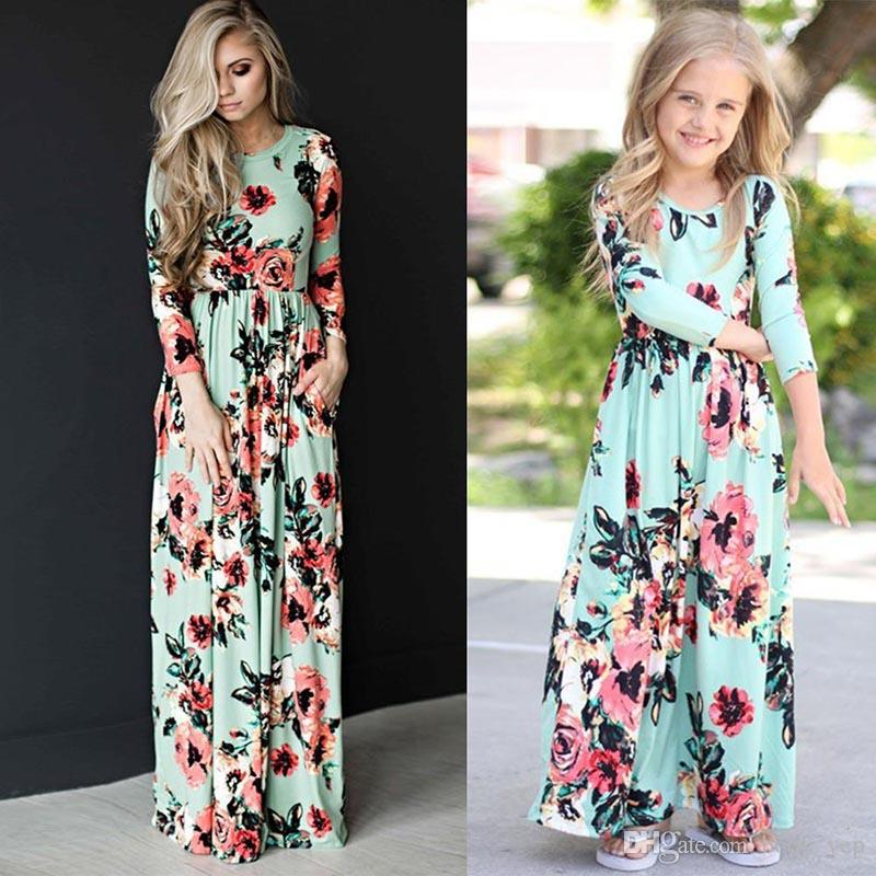 697e9f7127b3 Mother Daughter Bohemian Maxi Dress Family Matching Outfits Mommy And Me  Floral Long Dress Family Fitted Clothing Shift Dress Long Sleeve Dresses  From ...