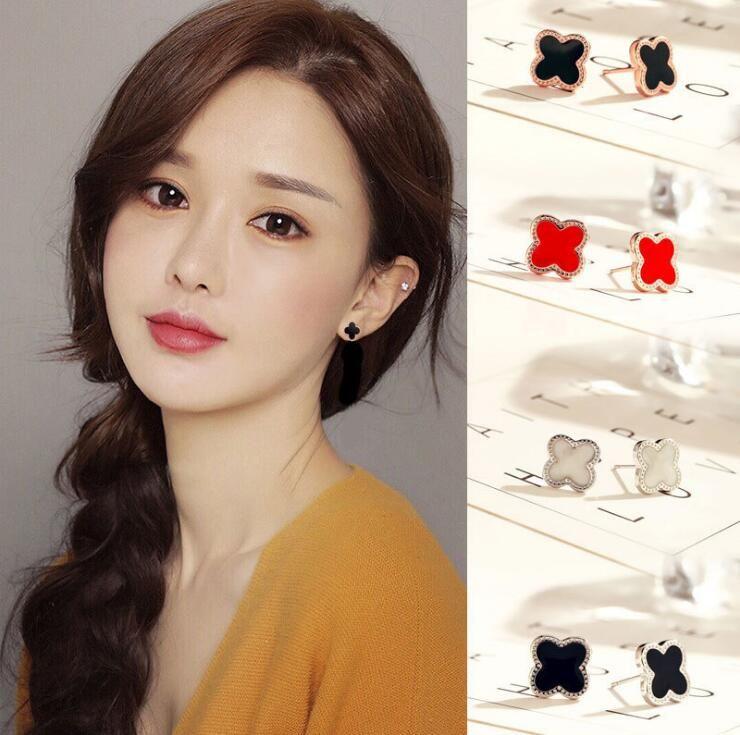 5-07 High Quality Black Clover Earrings in Rose Gold