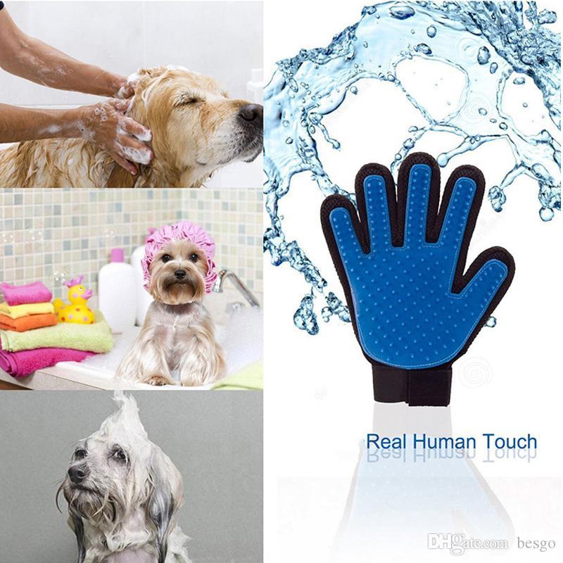 a3e813602 Compre Cães De Gatos Universal Massagem De Limpeza Silicone Luvas De Banho  Escova Pet Esquerda Lado Direito Remoção De Pêlos Escova De Remoção De  Cabelo ...