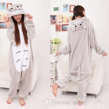 b95f931ccf8b 2019 Warm Winter Pajamas Casual Animal Pajama Sets Hooded Soft Homewear  Flannel Sleepwear Female Cute Cartoon Pyjamas MC0493 From Beautydesign