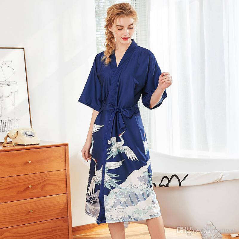 153acdb9478407 Großhandel Frauen Seide Nachtwäsche Nachthemd Schlaf Und Lounge Nachthemden  Sexy Kleid Sommer Pyjamas Kleid Nachtwäsche Bademäntel 2019 M L XL XXL Von  ...