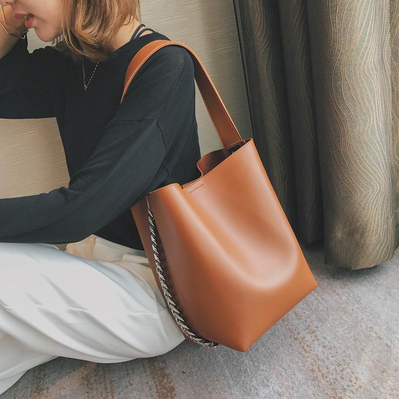 3b6854f1700b Fashion Design Women Shoulder Bag Large Capacity Chain Bucket ...
