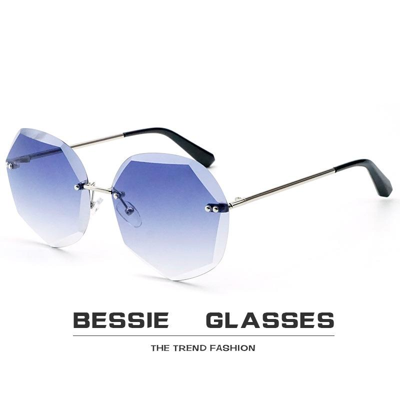 e61ec0a709a9 Luxury Fashion Rimless Sunglasses Women Transparent Clear Metal Frame Sun Glasses  Vintage Female Oversized Cutting Sunglass Online with  4.2 Piece on ...