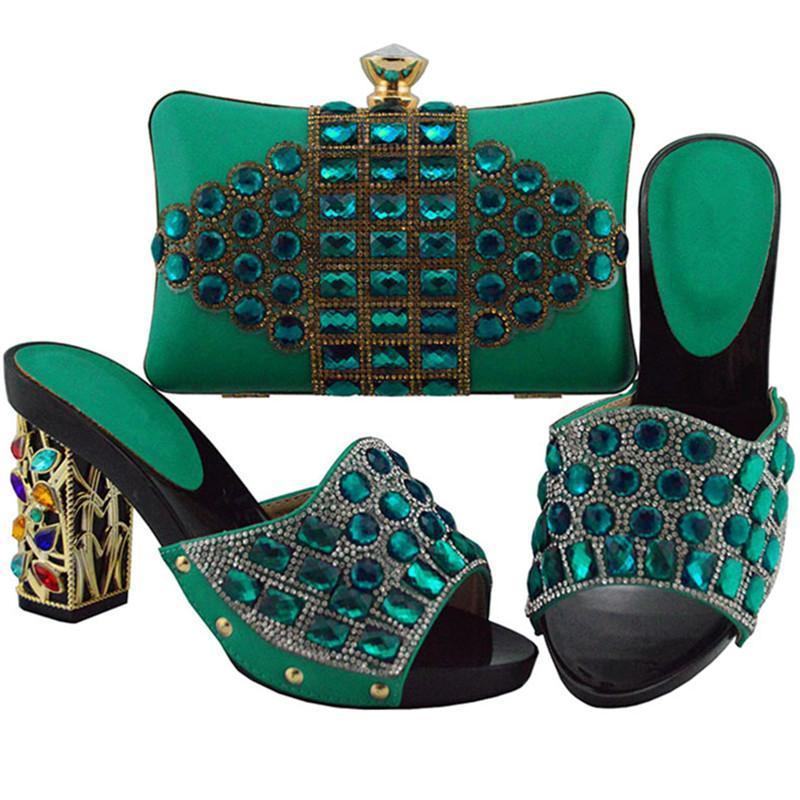 02133f99a Compre Nova Moda Sapatos Combinando E Saco Conjunto Em Saltos Sapato E Bolsa  Para A Festa De Nigéria Asfrican Mulheres Sapatos De Festa Casamento Com  Saco ...