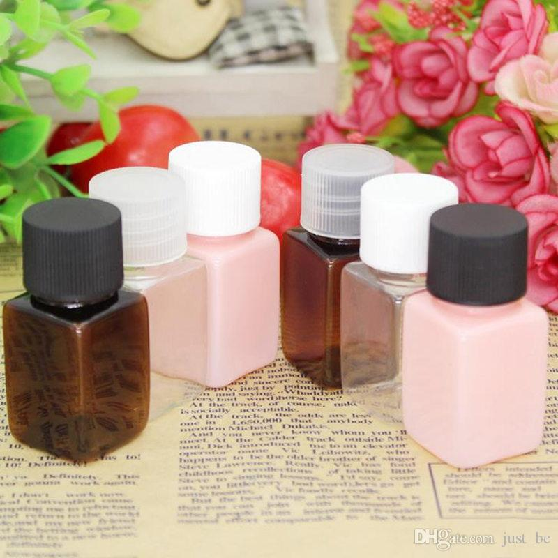 wholesale hot 10ml Small Cosmetic Water Square Bottle Makeup Essential Oil Perfume Refillable Container Plastic new