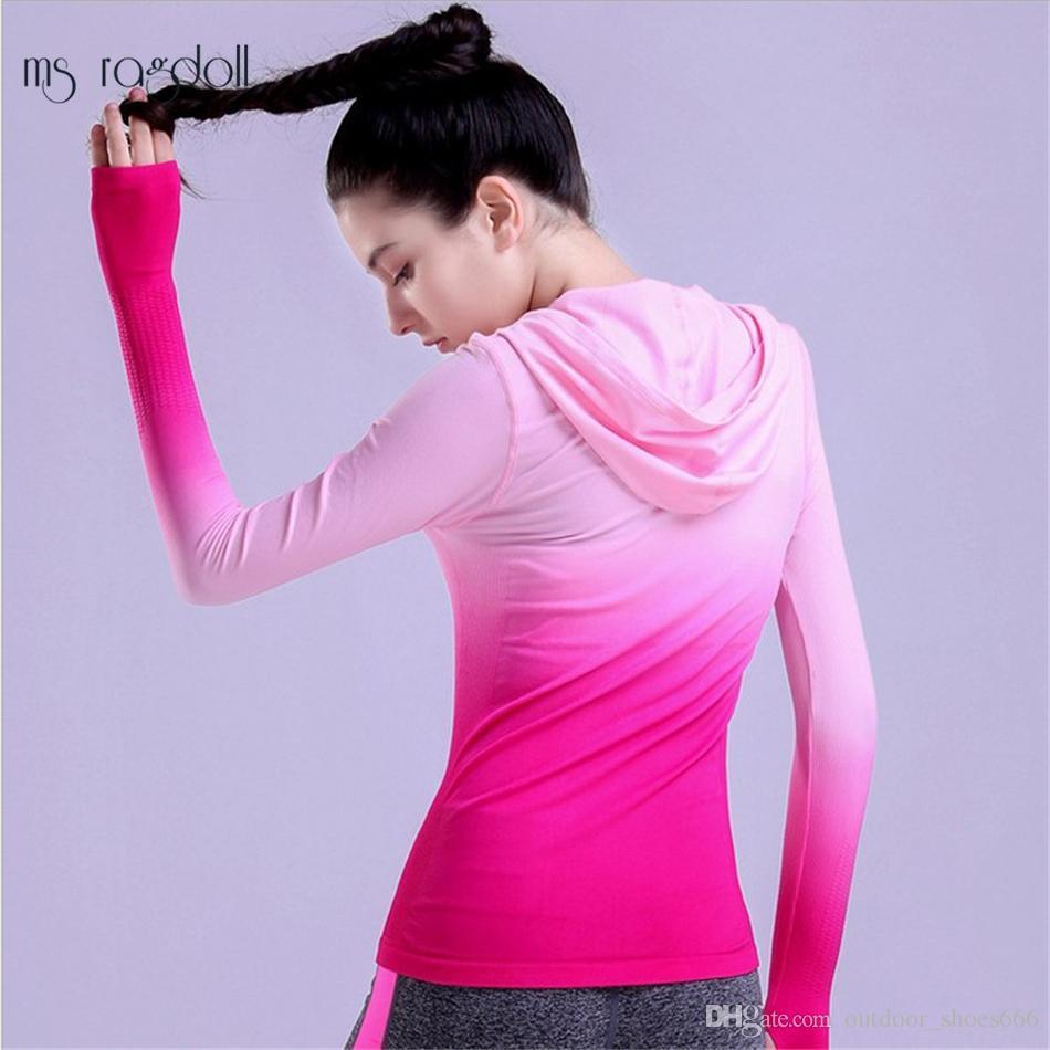 6e18e32718 2019 2018 Women Yoga Jackets Quick Dry Women'S Fitness Jackets Sports Shirts  Long Sleeve Running Shirt Polyester Women Yoga Tops S L #327456 From ...