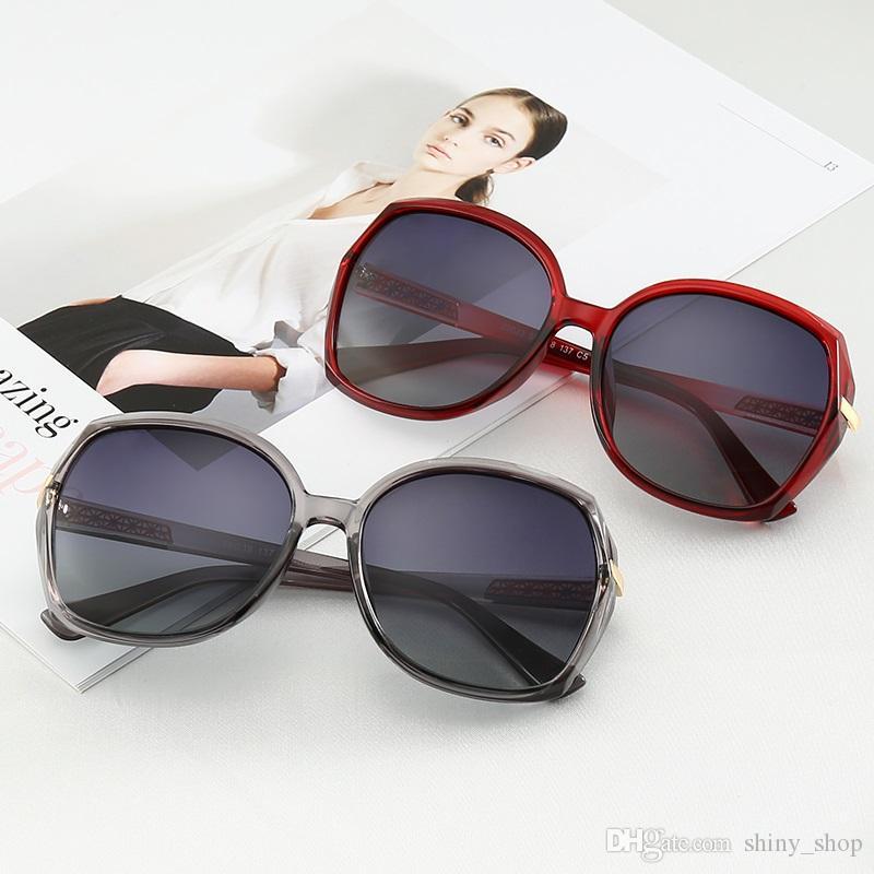 5bc8fa47b8 Compre Gucci GG22033 Estilo De Verano Marca Italia Medusa Gafas De Sol  Medio Marco Mujeres Hombres Diseñador De La Marca Protección UV Gafas De Sol  Lentes ...
