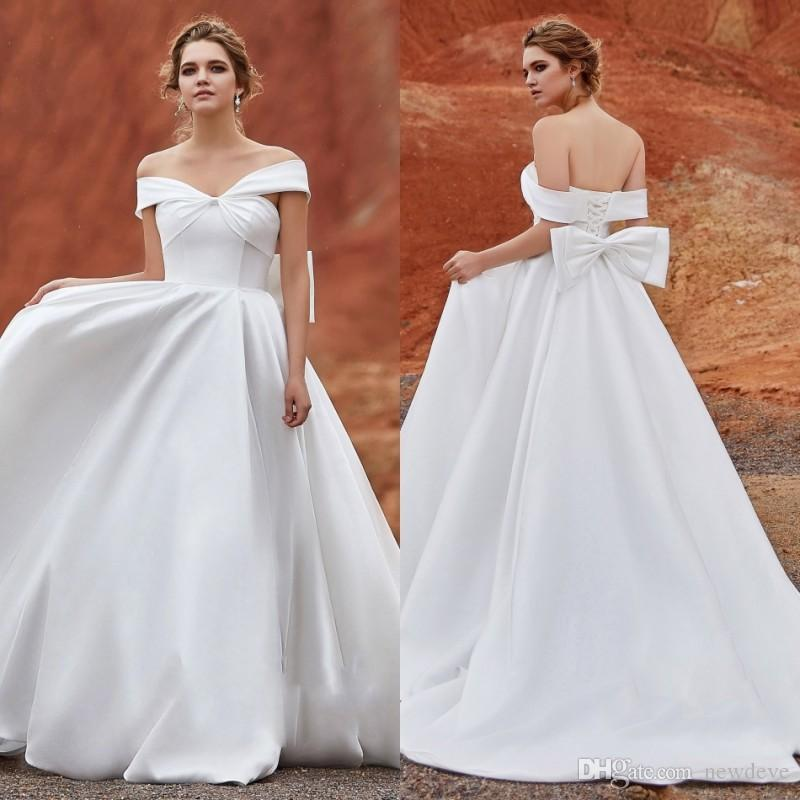 f3d7ef715ac381 Discount CocoMelody 2019 Wedding Dresses Off Shoulder Sexy Backless  Bohemian Bridal Gowns Sweep Train A Line Wedding Dress Plus Size Robe De  Mariée Bride ...