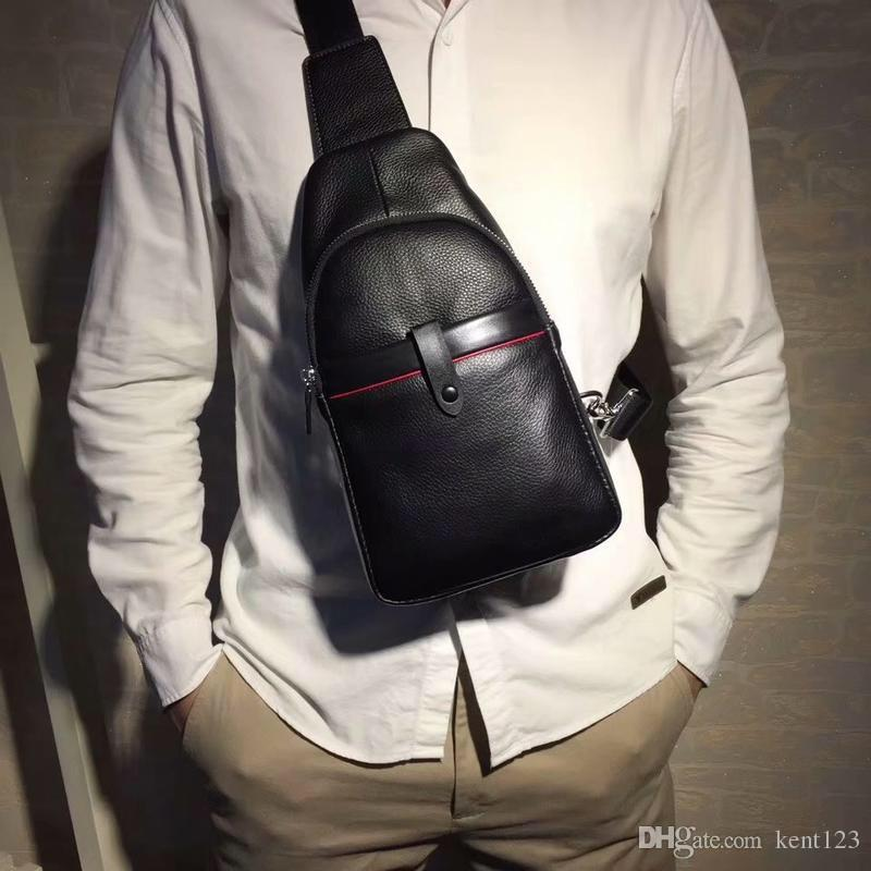 Designer luxury messenger bag Luxury package Men's bags Luxury chest bags,  manufacturers direct sales of top bags Free shipping