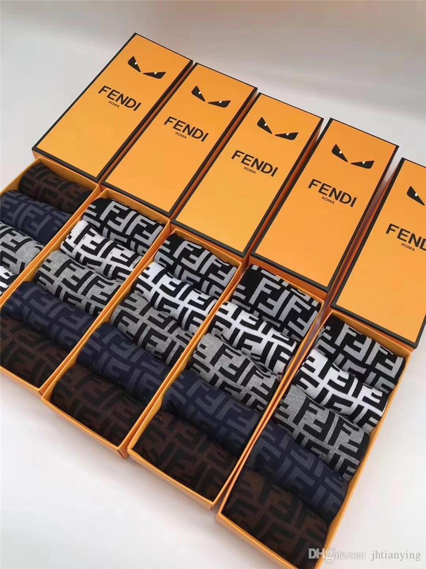 F Full Letter Socks New Arrive 5 Pairs Box Packed Brand Design Socks Sports Lovers Cotton Socks