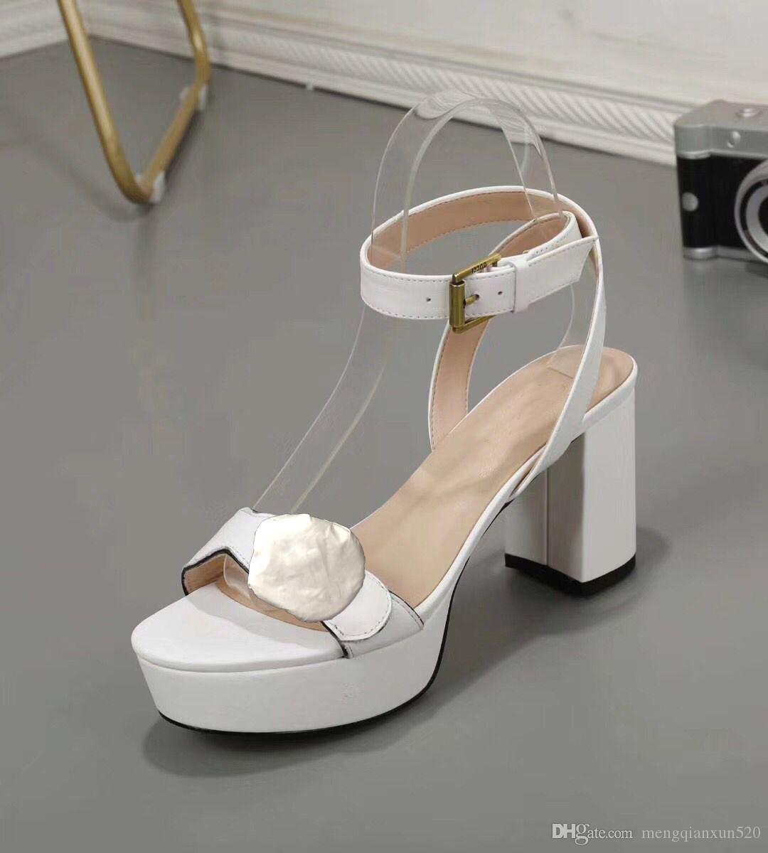 Sandales à talons hauts classiques 100% cuir Beel grossière Chaussures Chaussures Métal Boucle Parties 8cm High High Talons Ceinture Boucle Sexy Sandales Sexy Dame 34-41-42
