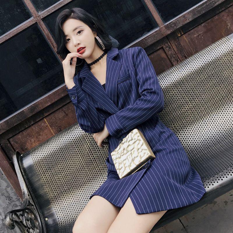 c0f609f9d24b Otoño 2018 Nuevo Traje medio largo Edición coreana para mujer Traje delgado  Ocio Coreano Franja vertical Ropa de abrigo de otoño