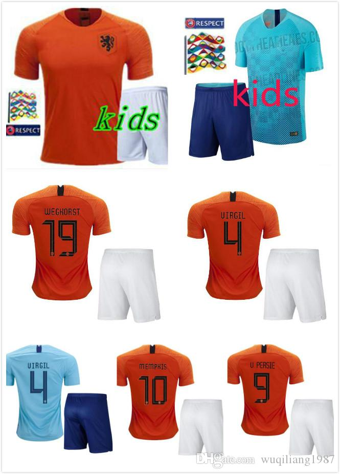 9ac40c466e471 Compre 2018 2019 Holanda Home Futebol Laranja Jersey Holanda Longe Azul  Uniformes De Futebol KLAASSEN SNEIJDER V.PERSIE ROBBEN Camisa De Futebol  Para ...