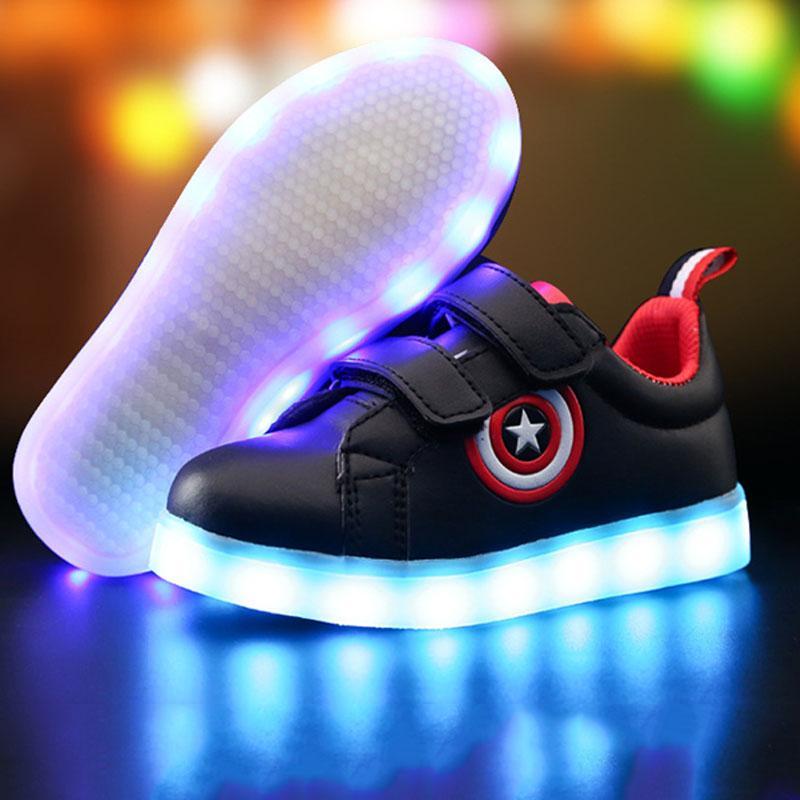 6d38250b Купить Оптом Свет LED Светящиеся Кроссовки Мальчики Девочки Зарядки Спорт  Повседневная Обувь Для Детей Светящиеся Капитан Америка Детская Обувь  Светодиодные ...